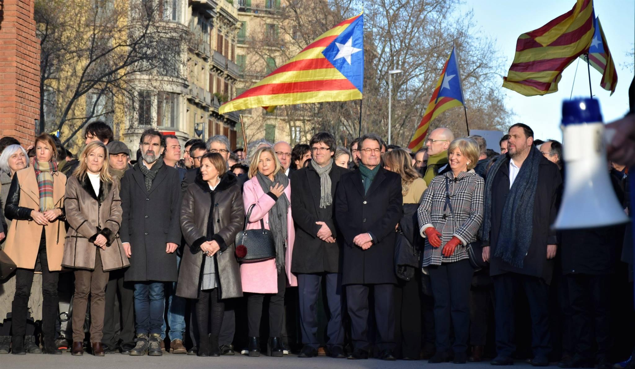 Manifestació de suport a Mas, Ortega i Rigau