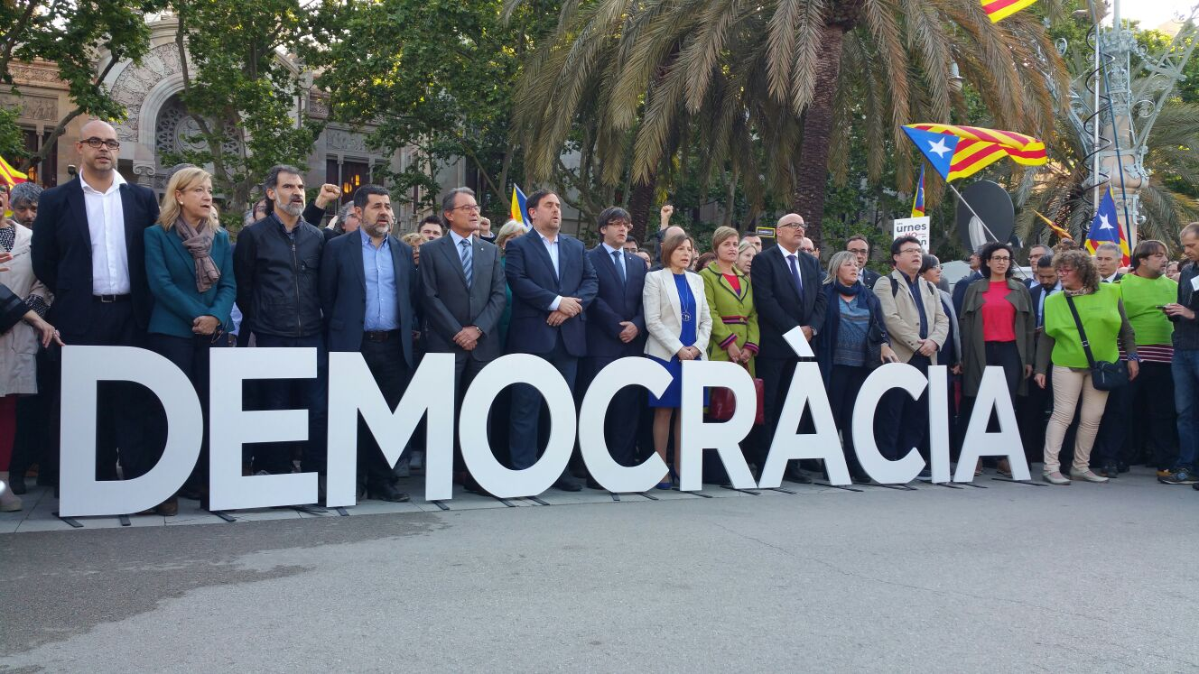 #lovedemocracy